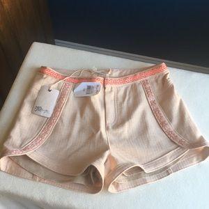 NWT Girls Miss Me shorts sz L